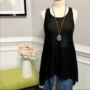Black Knit Top -Tunic - so chic and flattering